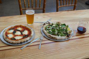 pizzeria sorellina pizza on tbale