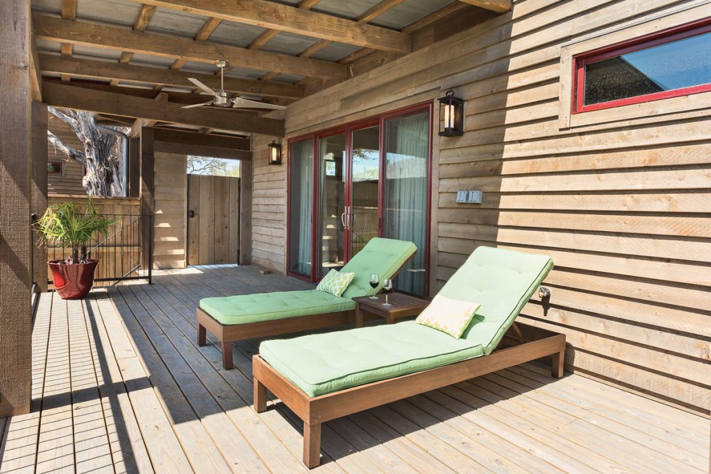 Reserve At Lake Travis Cabins Front Porch