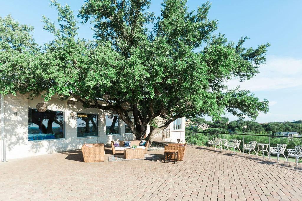 Vintage Villas Outdoor lounge