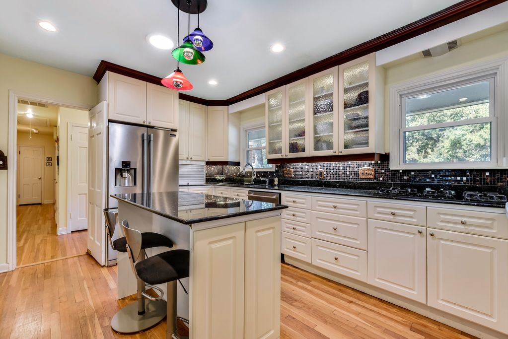 Austin Top Rated Vacation Rental kitchen