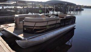 Pontoon Rental Boat