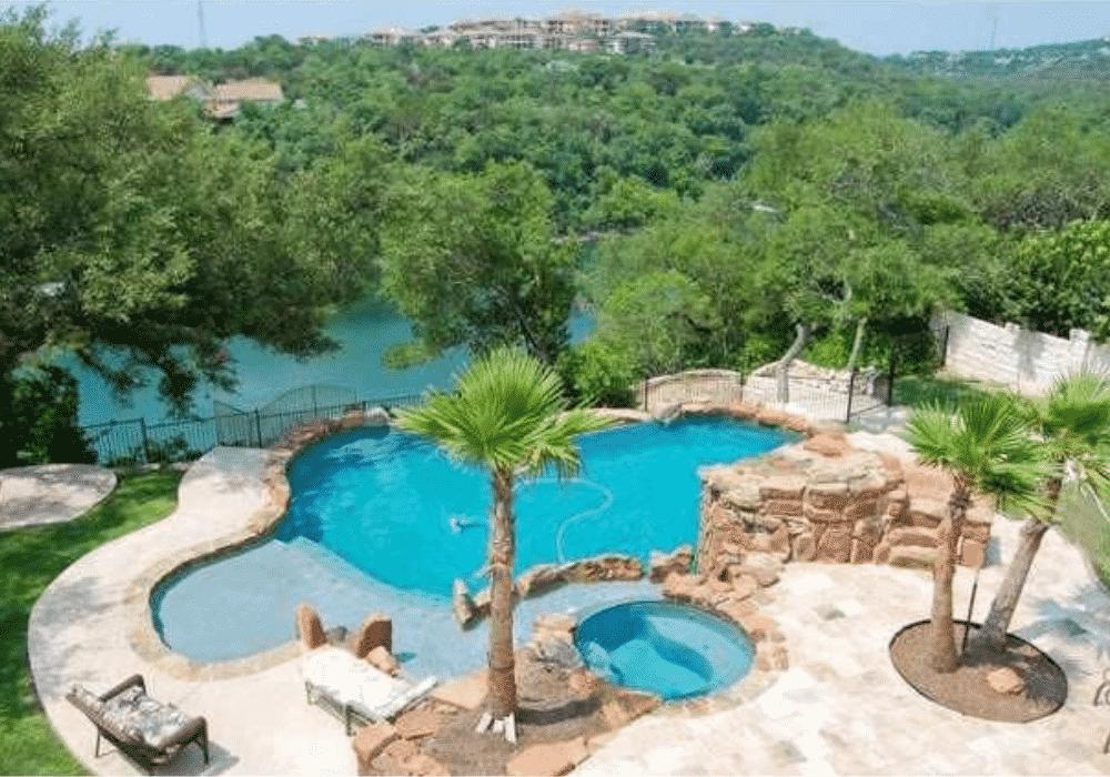 Lake Travis Lake House Resort