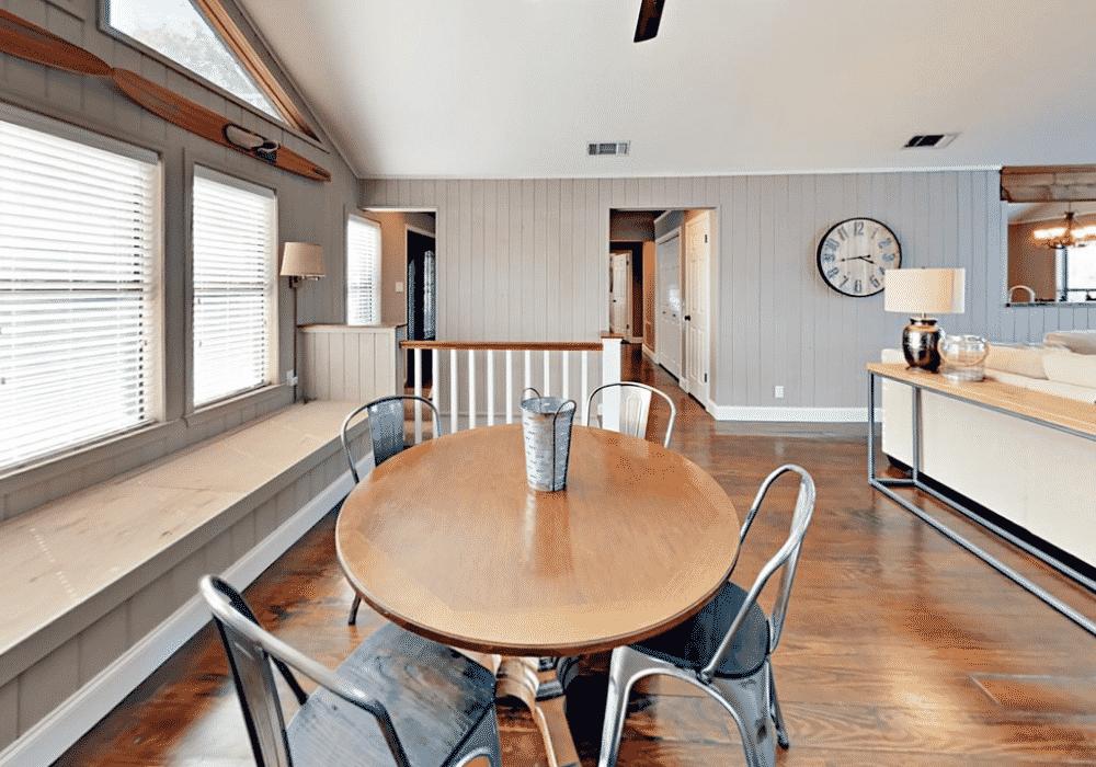 Lake_travis rental Dinning room