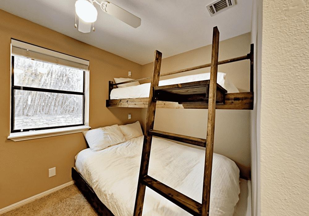 Lake travis rental bunk beds