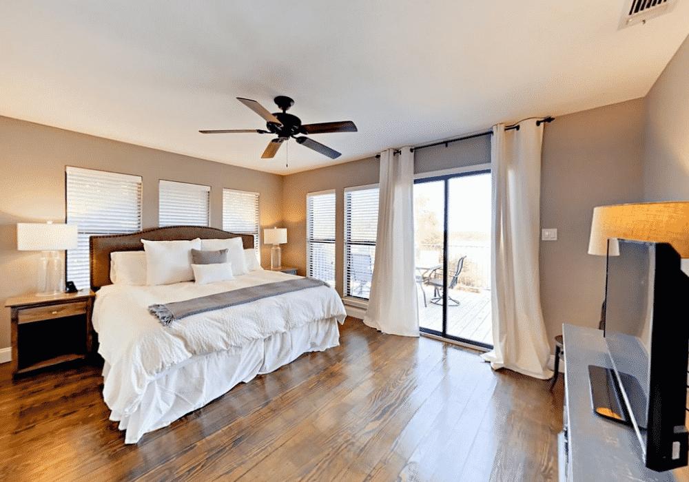 lake travis rental bedroom