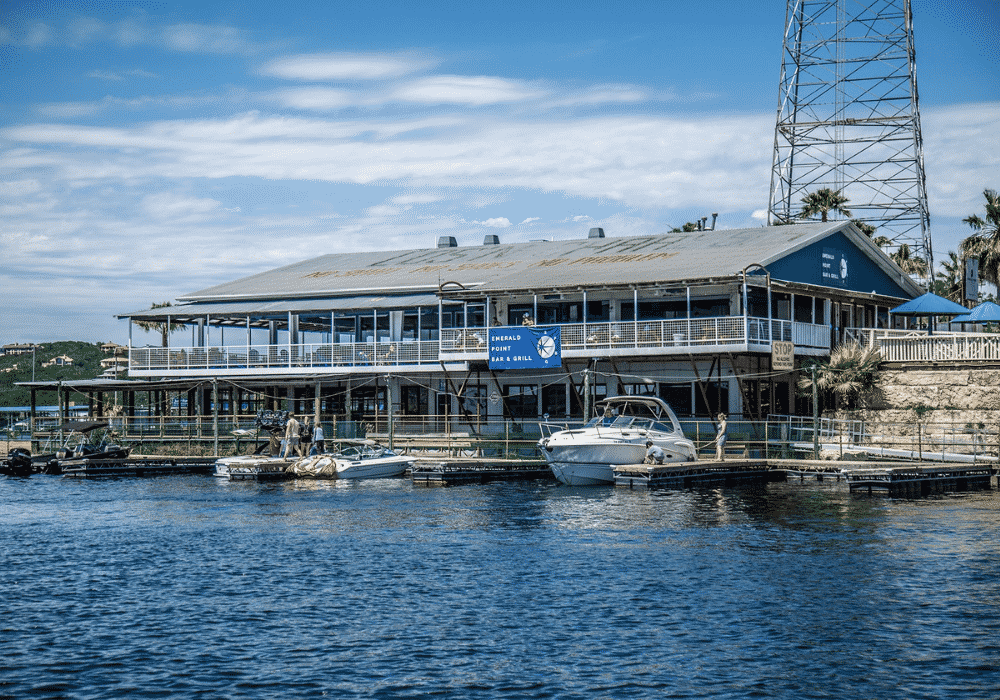Emerald Point Bar & Grill Photo