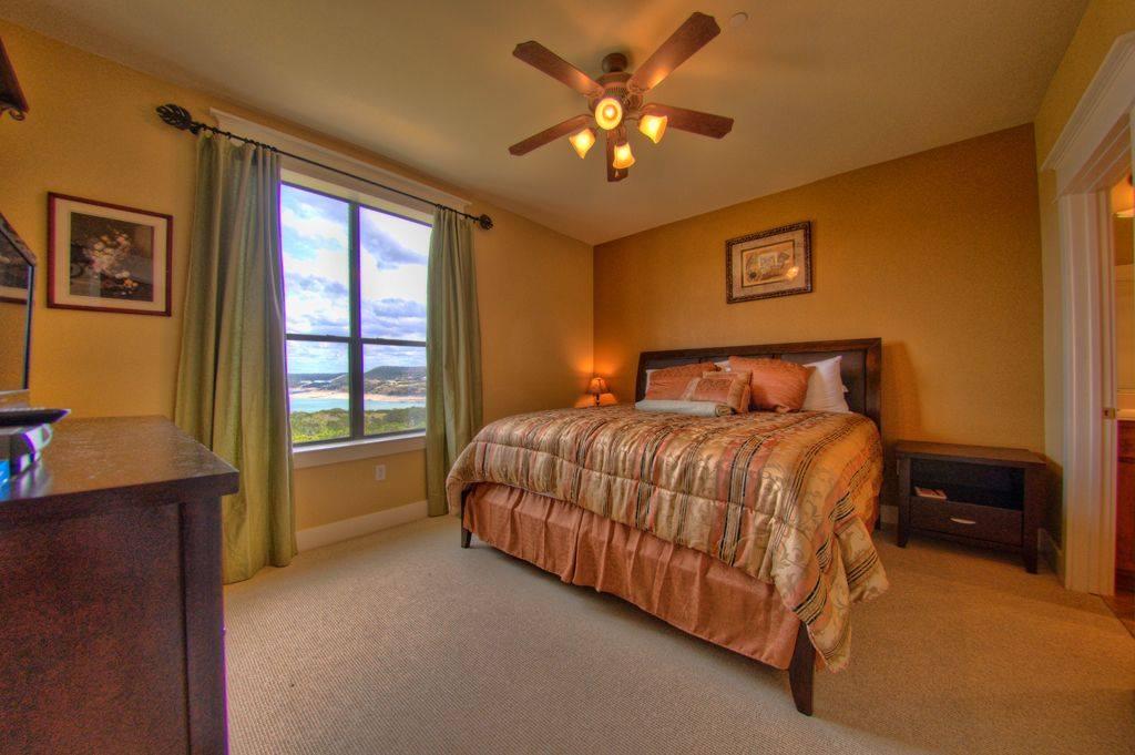 The Hollows - Lake Travis Vacation Rental