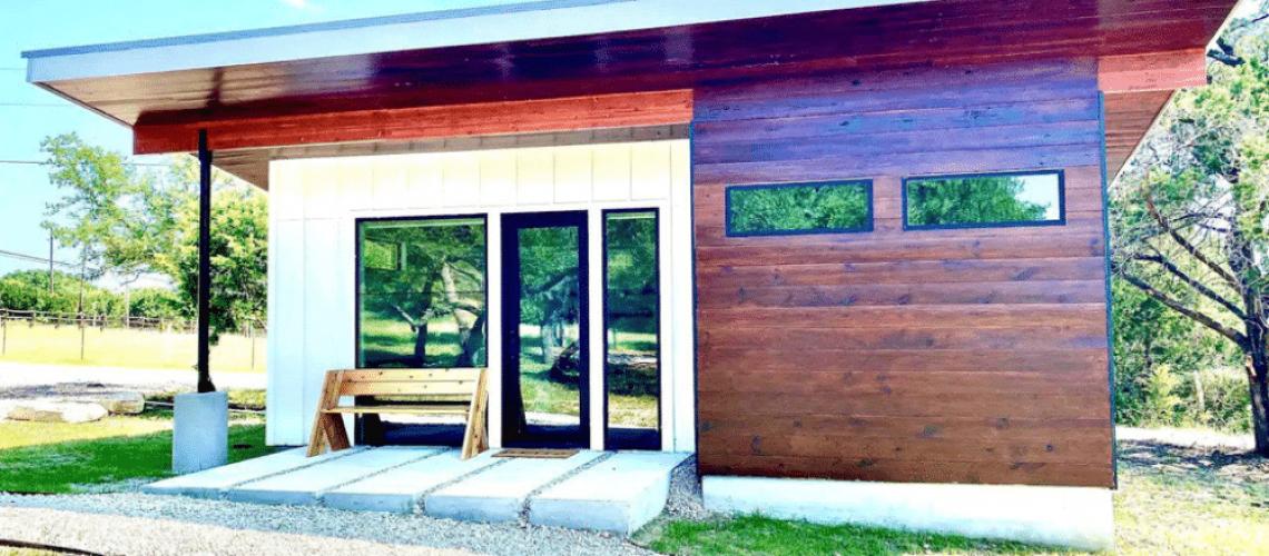 Sleek and Modern Tiny House